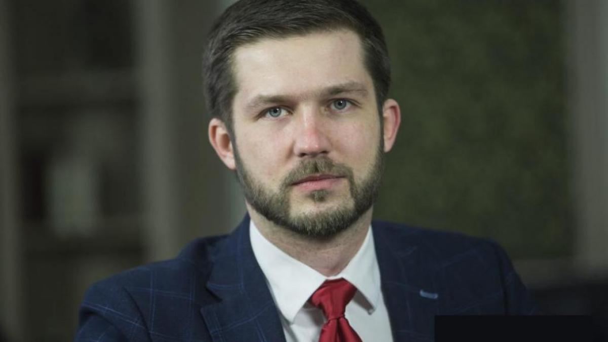 """""""Россия готовится к войне, что нужно делать Украине"""", - Кабакаев про истинный смысл отставки Медведева"""