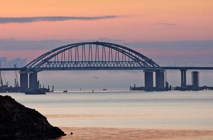украина, россия, крым, кримский мост, аксенов, скандал