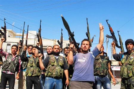 Сирийские повстанцы: переходной период возможен лишь после ухода Асада