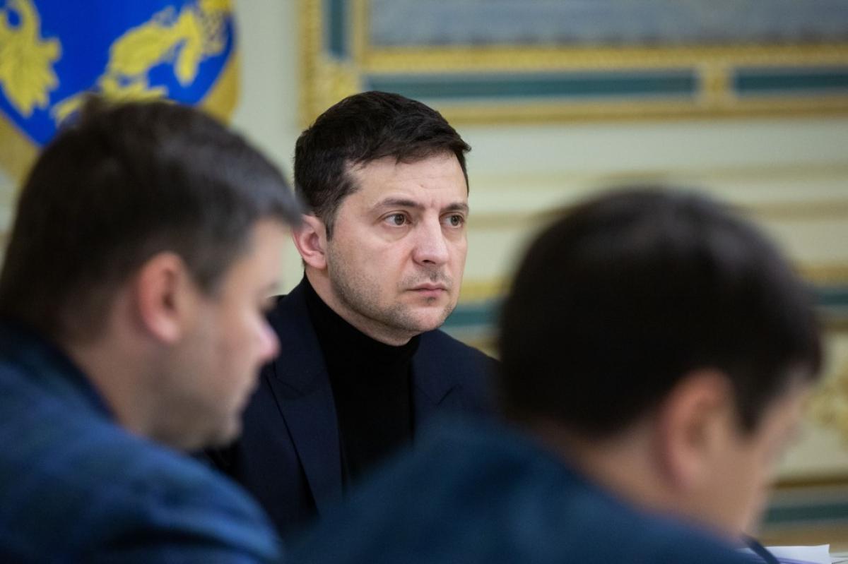 Зеленский созвал секретное заседание СНБО: таким президента еще не видели