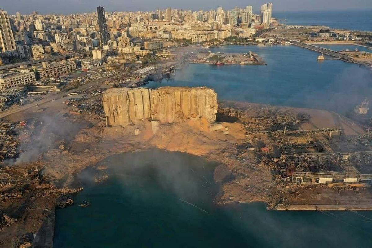 Взрыв в Бейруте: на утро после трагедии дрон с воздуха показал, что произошло