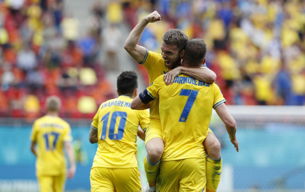 Украина против Англии в 1/4 Евро 2020: букмекеры оценили шансы команд на полуфинал