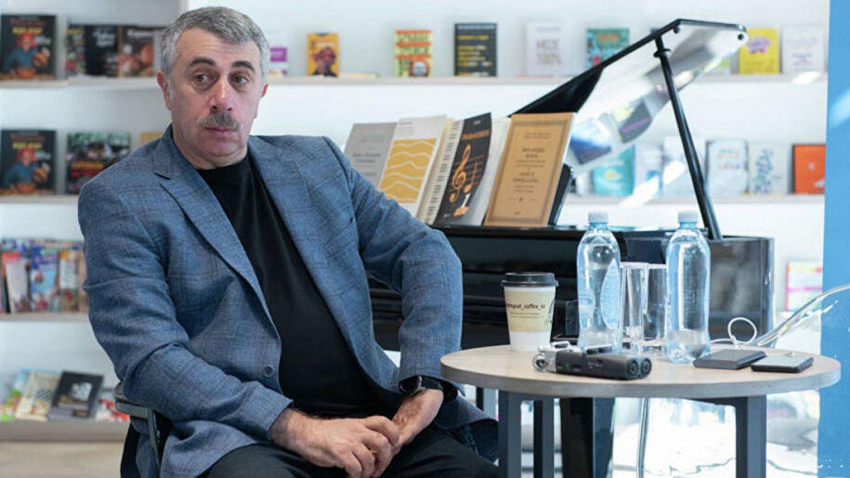 Комаровский развеял мифы о причинах плохого запаха изо рта, рассказав, кто поможет решить проблему