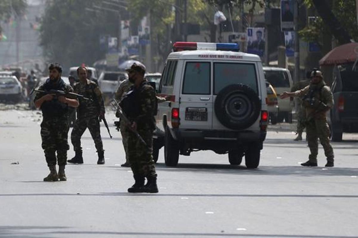 В Кабуле взорван автомобиль посольства РФ - пострадали российские дипломаты