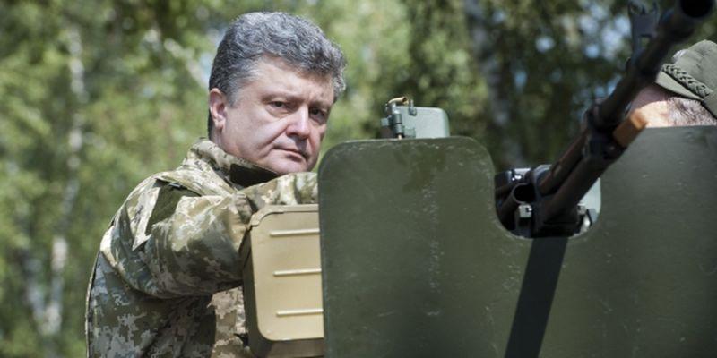 """Порошенко сообщил о психологической победе ВСУ на Донбассе: """"После получения Javelin танкисты РФ испуганы"""""""