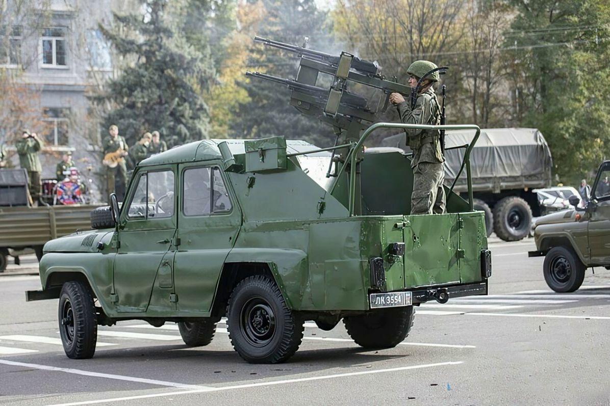 Армия РФ на Донбассе получила модернизированные УАЗ-3151 против беспилотников ВСУ