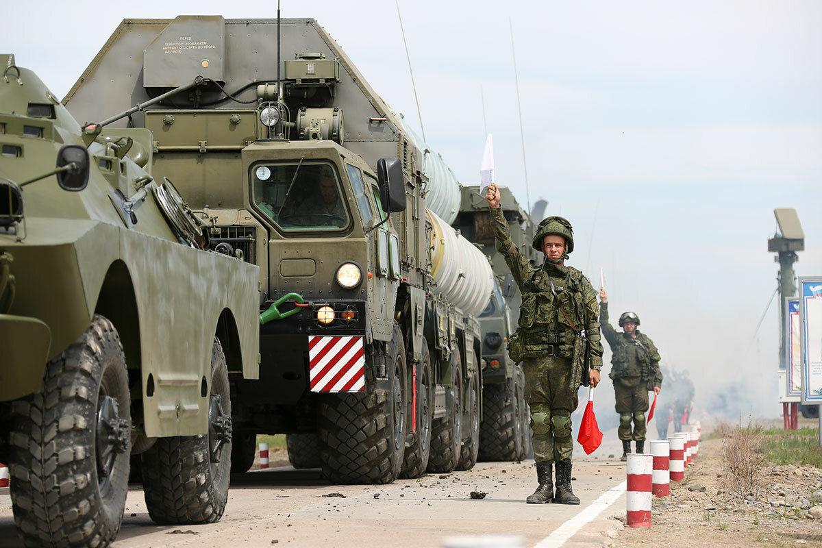 """Украина в ОБСЕ указала на множественные войска РФ возле границ: Кремль """"управляет"""" конфликтом на Донбассе"""