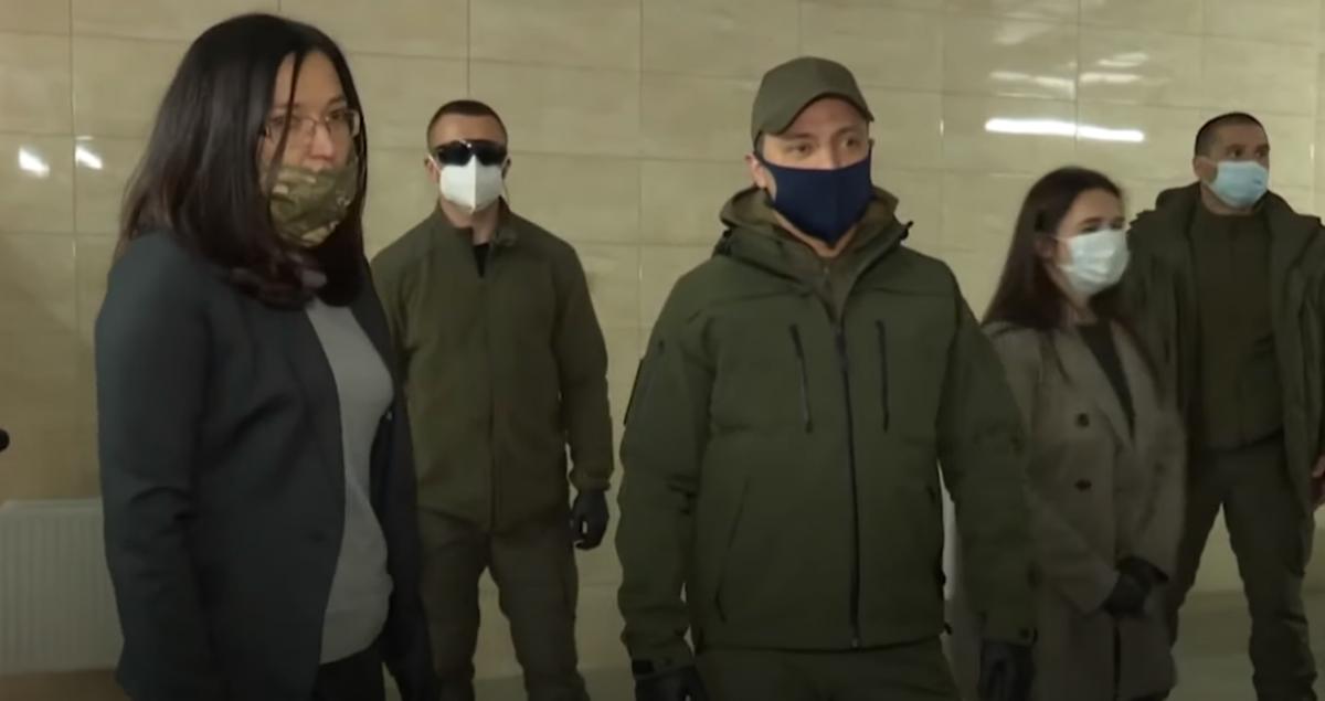 Зеленский вылетел к военным на Закарпатье: названа причина визита
