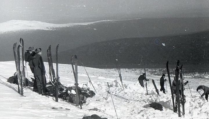 Тайна смерти туристов на перевале Дятлова: на фото с места трагедии обнаружен американский след