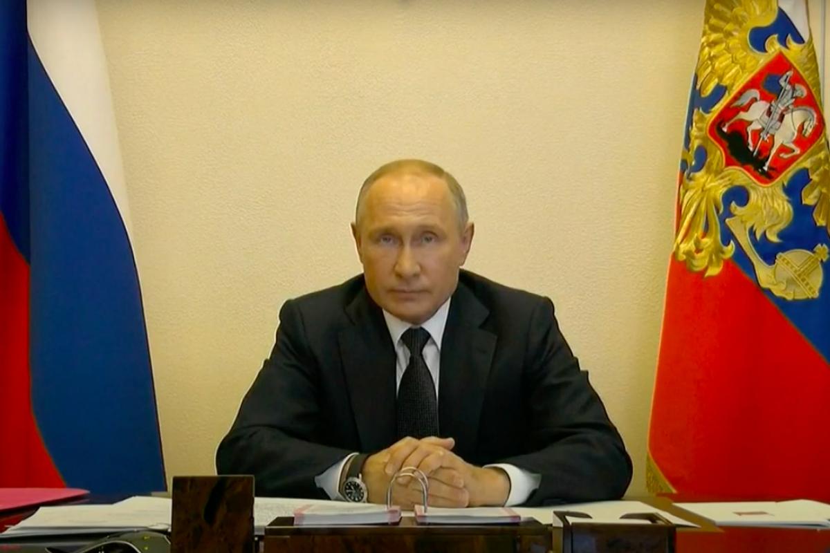 Россияне забросали дизлайками опоздавшего на 3 часа Путина - росТВ массово отключает комментарии