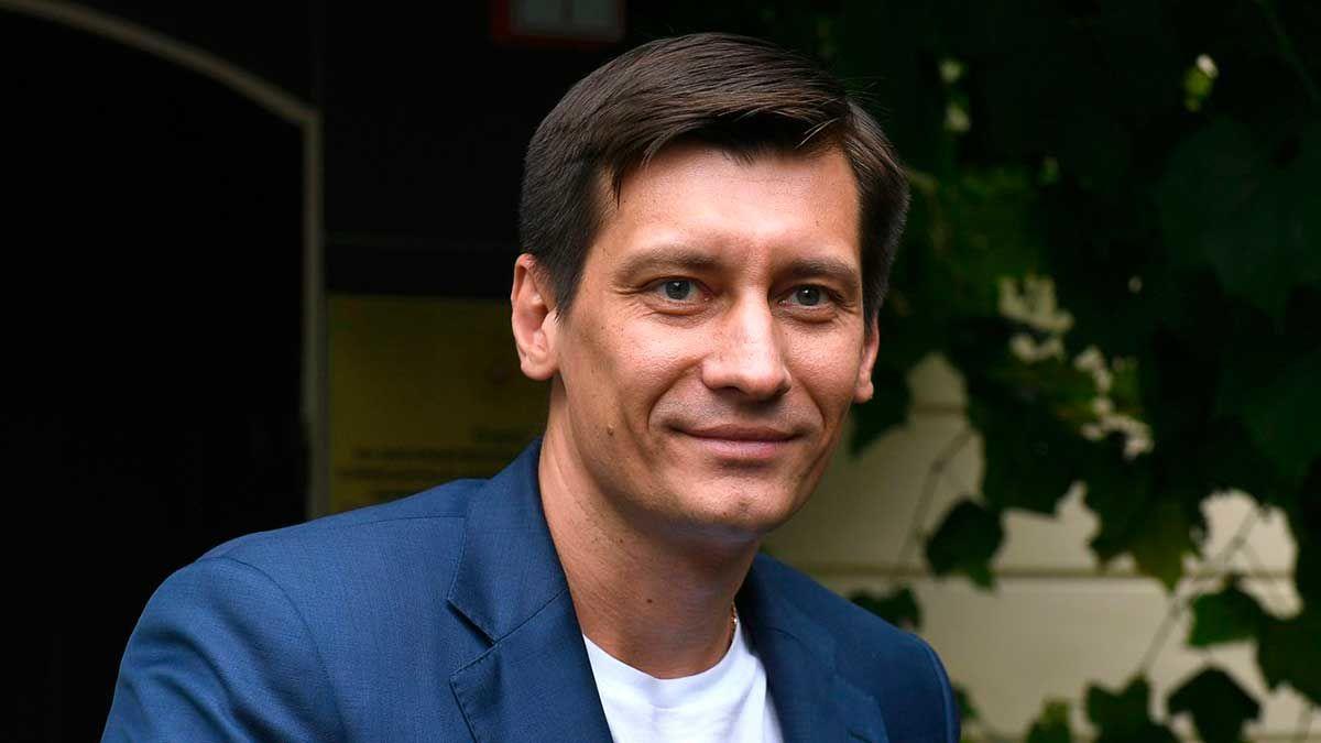 """В Кремле прокомментировали выезд Гудкова в Украину: """"Если это законный выезд…"""""""