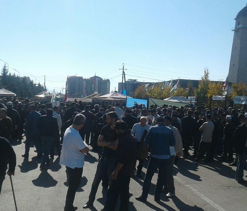 РФ, правительство, Магас, власти, продавшиеся, стянуло, митингующие, автомобили, забит, граждан, площади