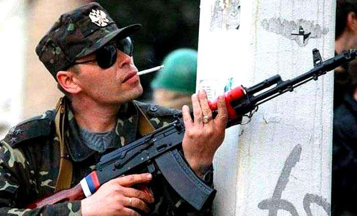 """Оккупированные """"ЛНР"""" территории погрузились в бесправие: боевики похищают местных жителей ради выкупа"""