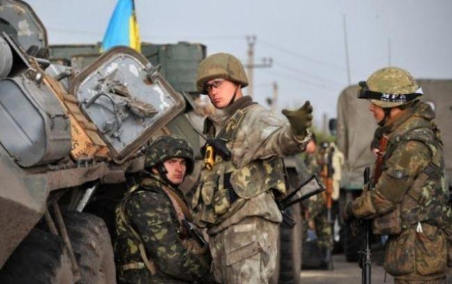 Вооружение БМП, танки и минометы: силы АТО попали под вражеский огонь на приморском направлении