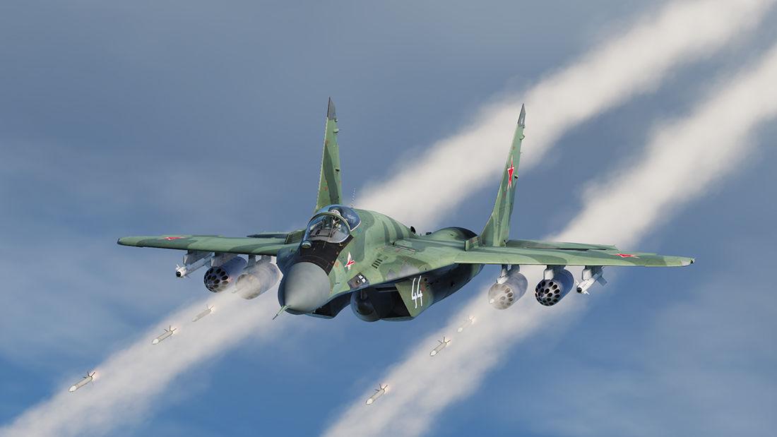 """Угрожали боевой авиацией: появились кадры взлета МиГ-29, который """"перехватил"""" борт с Протасевичем"""
