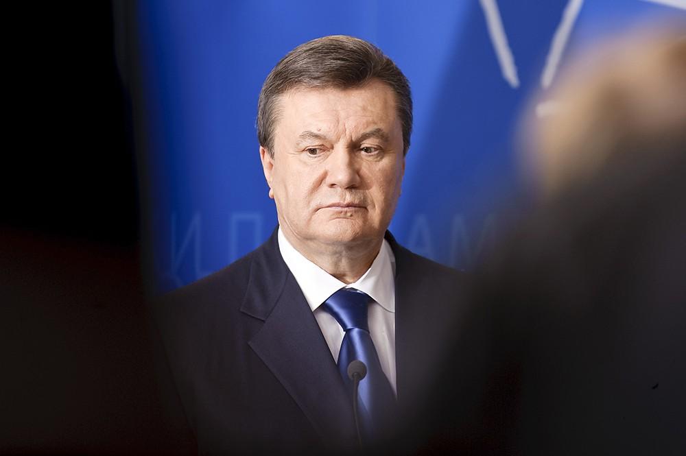 """""""Батя"""" немного постарел"""": адвокат """"слил"""" в соцсети самое последнее фото Януковича в России - кадры"""