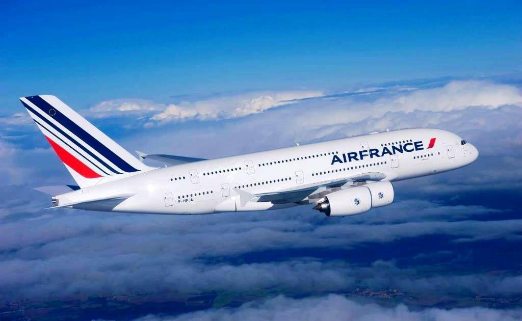 Россия запретила Air France входить в свое воздушное пространство из-за блокады Беларуси