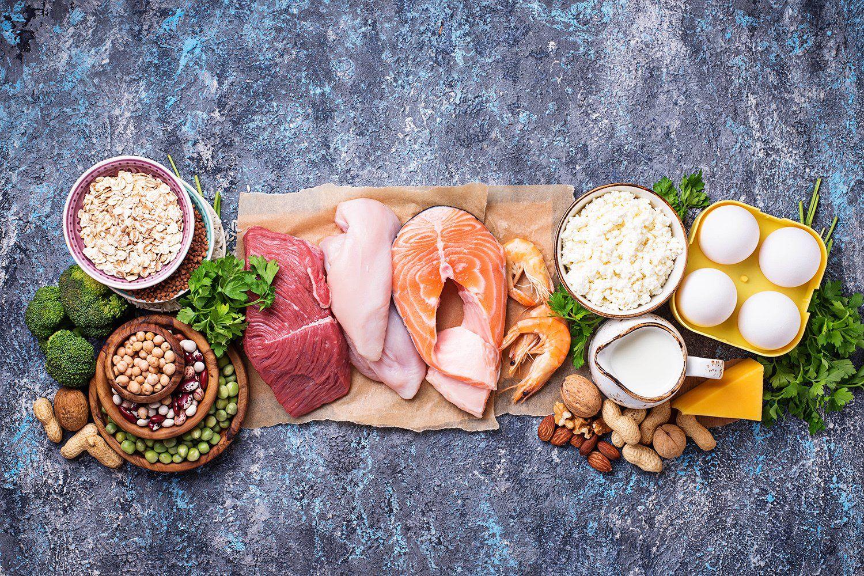 """""""Стал находкой и спасением"""" - диетолог развенчал мифы о чудодейственных способах похудения и полезной еде"""