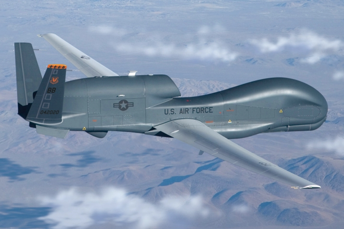 Разведчик ВВС США Global Hawk отправился на Донбасс после угроз Пушилина и Пасечника