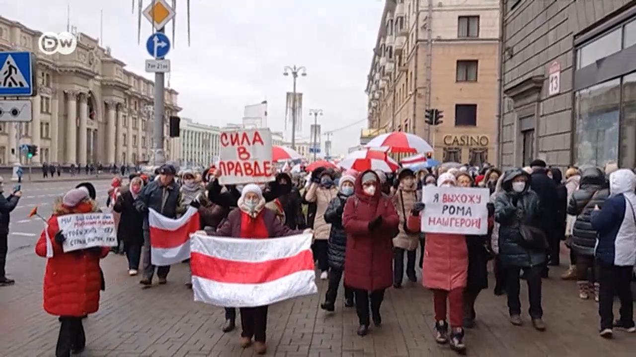 """""""Лукашенко наси**** свой народ"""", - гражданка Беларуси рассказала, как над ней часами издевались ОМОНовцы"""
