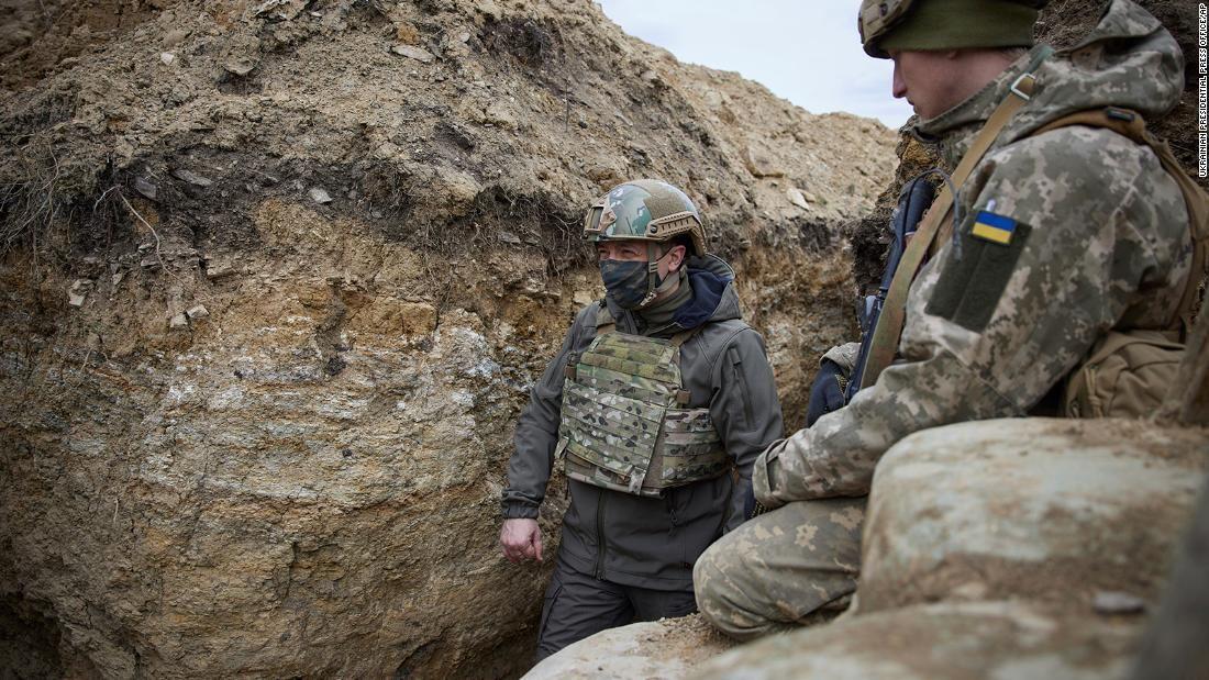"""Зеленский ответил на вызов Кремля: """"Мы готовы, мы на своей земле"""""""