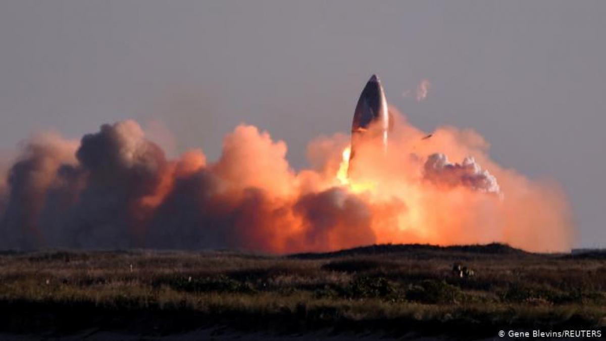 Корабль Starship SN8 Илона Маска для полетов на Марс взорвался при посадке: опубликовано первое видео