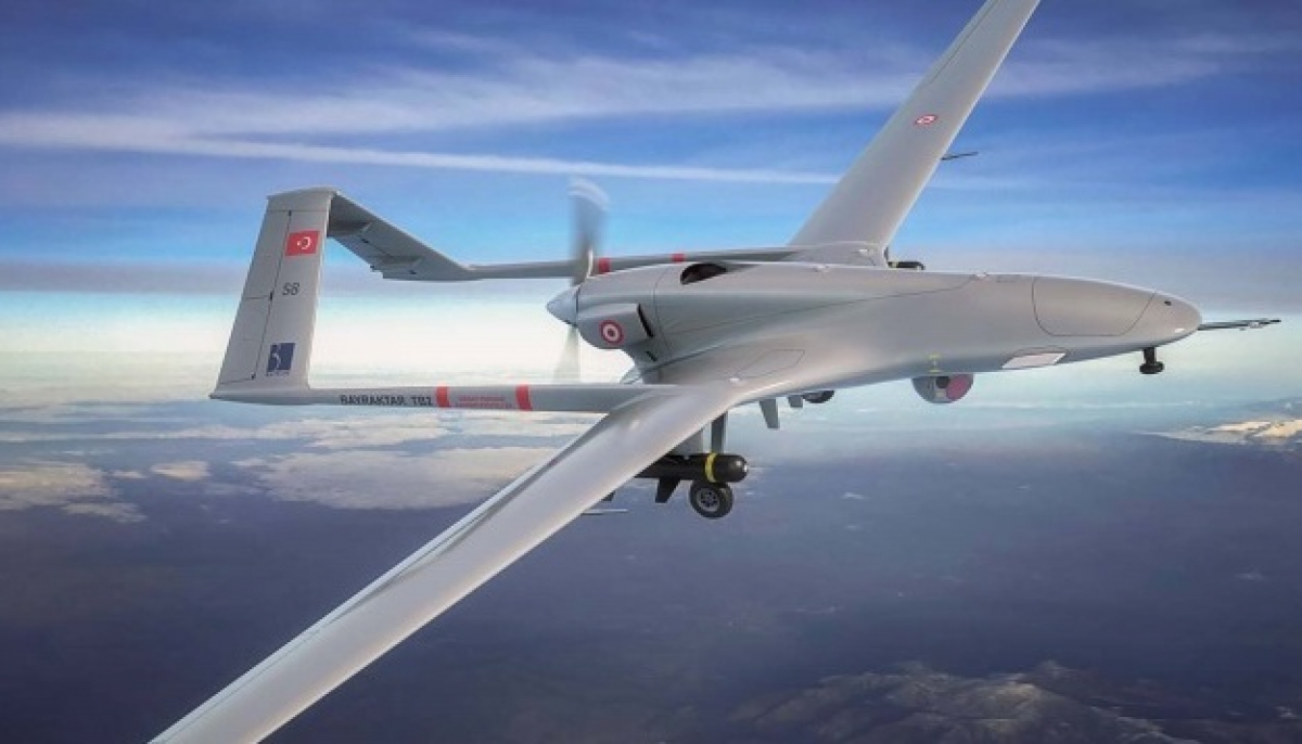 Турция подняла в воздух боевую авиацию на границе с Арменией: рядом российская военная база Гюмри