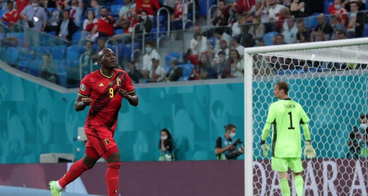 Россияне освистали преклонивших колено игроков сборной Бельгии перед матчем Евро в Петербурге