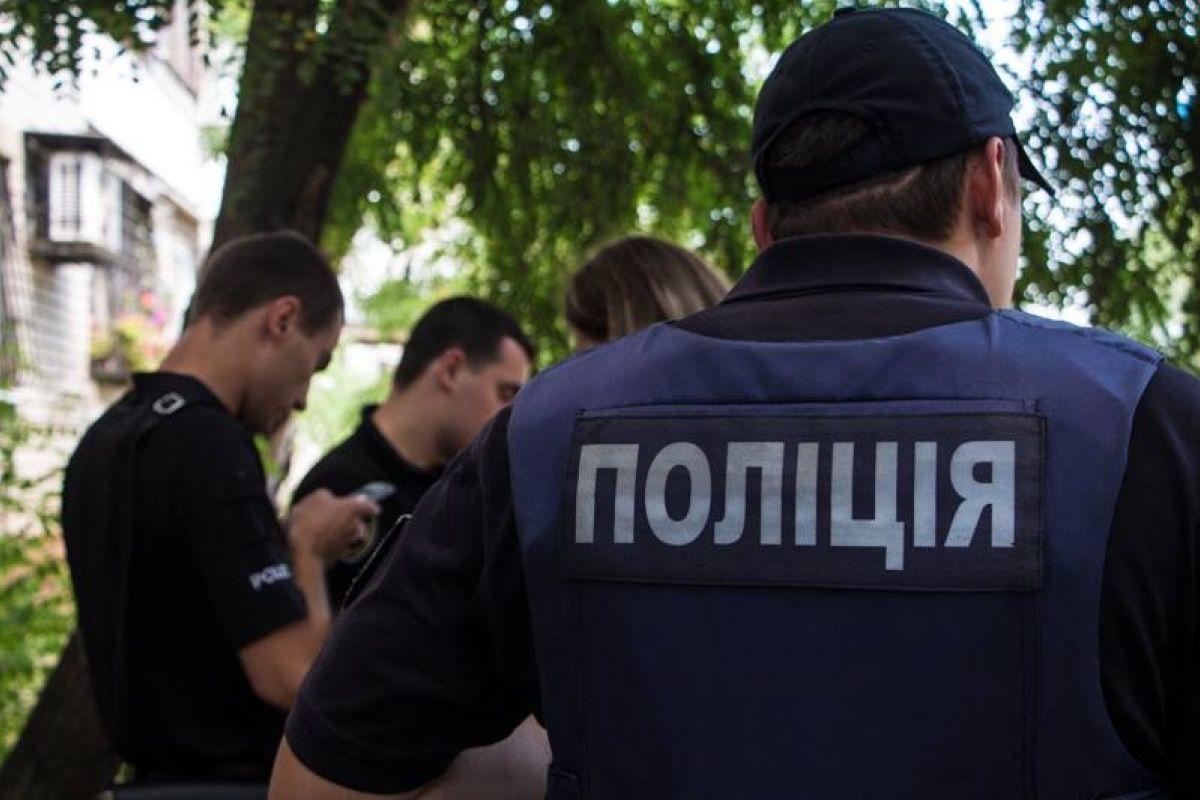 В Харькове конфликт между мужчиной и компанией закончился взрывом гранаты: полиция дала комментарий