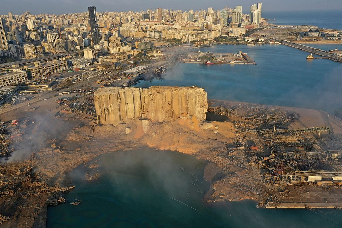 Интерпол ищет двух россиян по делу о взрыве в Бейруте - ЧП разрушило полгорода и убило 200 человек