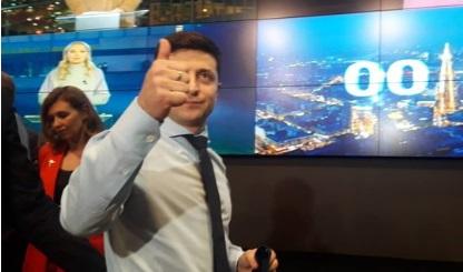 Зеленский дал комментарий после победы в первом туре по экзитполам на выборах