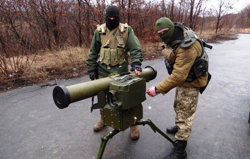 Российские наемники и боевики стирают Авдеевку с лица земли массированными ударами из противотанкового ракетного комплекса