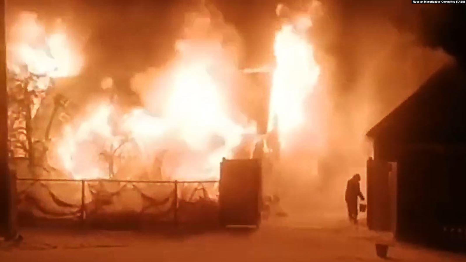 В России в нелегальном доме престарелых в огне погибли 7 человек