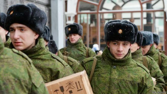 """Стрелков-Гиркин предупредил россиян: готовьтесь к призыву в """"горячие"""" точки – у нас две неоконченные войны"""
