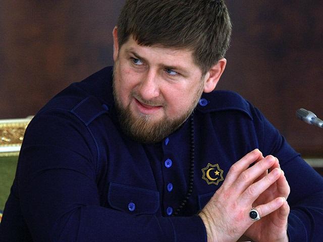 Журнал Charlie Hebdo опубликовал шокирующую карикатуру на главу Чечни Кадырова: СМИ показали скандальный рисунок (кадры)