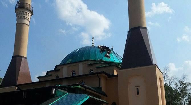 В купол донецкой Соборной мечети «Ахать-Джами» попал снаряд