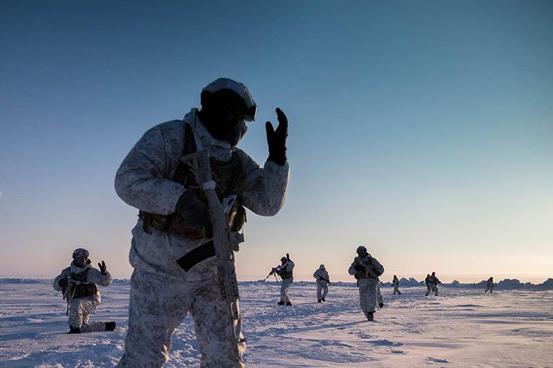 Путин отдал приказ готовить армию РФ к новой войне: Шойгу назвал территорию, на которой вспыхнет конфликт