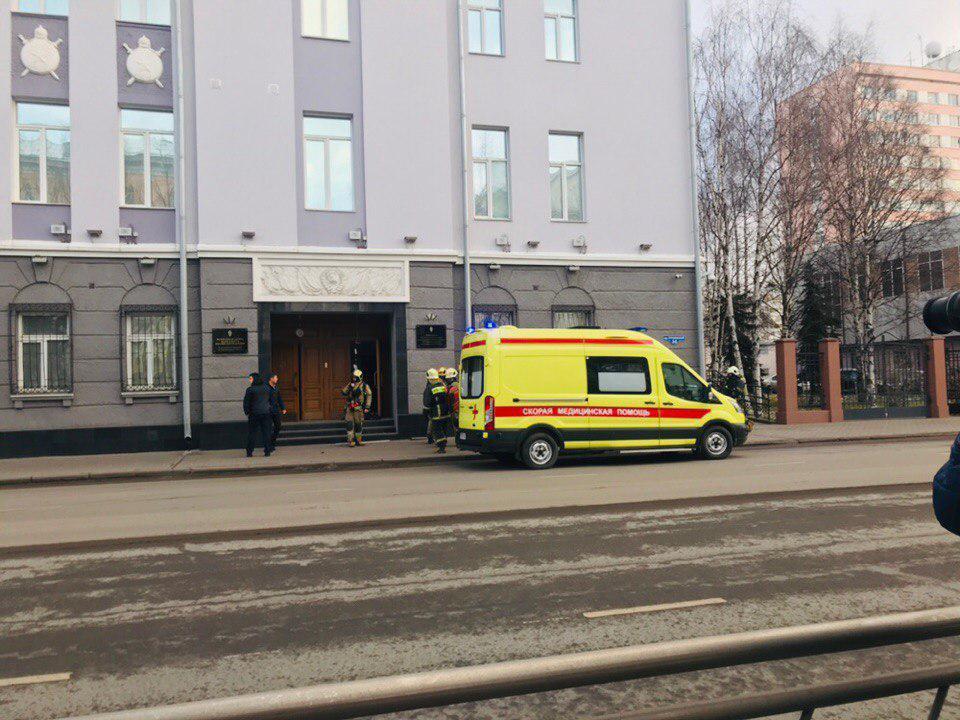 В России люди начали устраивать теракты в ФСБ – подробности и кадры взрыва
