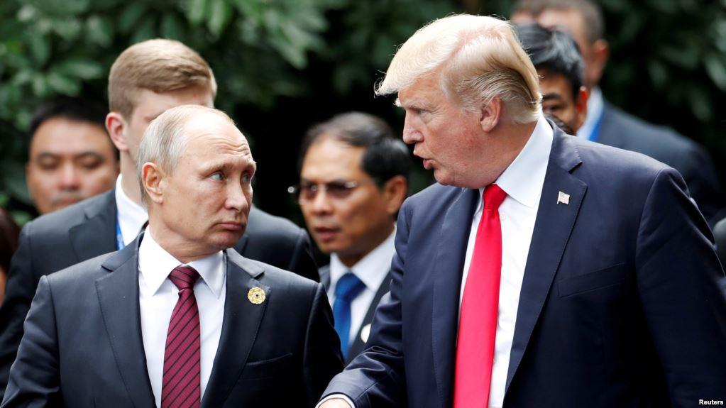 """Трамп и Путин провели """"содержательный"""" разговор: о чем говорили кремлевский диктатор и президент США"""