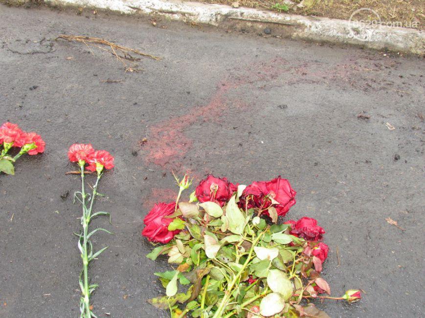 Мариуполь скорбит по погибшим в Сартане: сегодня 9 день трагедии