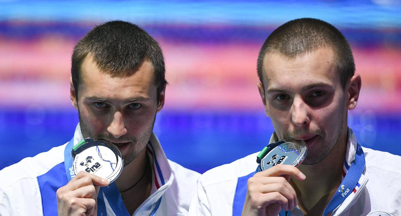"""""""Как здорово, что я наконец-то получил российский паспорт! Я его так ждал!"""" - Бондарь, спортсмен, предавший Украину, пришел в щенячий восторг от подарка Путина"""