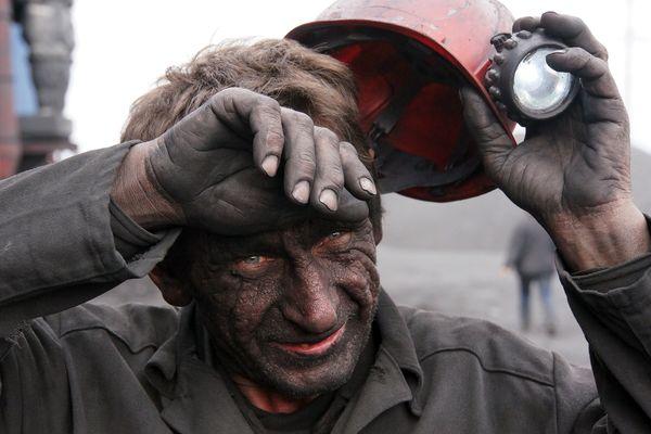 """В Донецке зреет массовый бунт: шахтеры доведены до ручки руководством """"ДНР"""""""