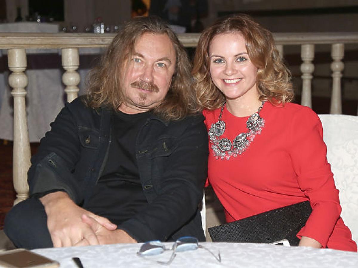 """Жена Игоря Николаева, у которого подозревают COVID-19, обратилась к своим подписчикам: """"Умоляю..."""""""