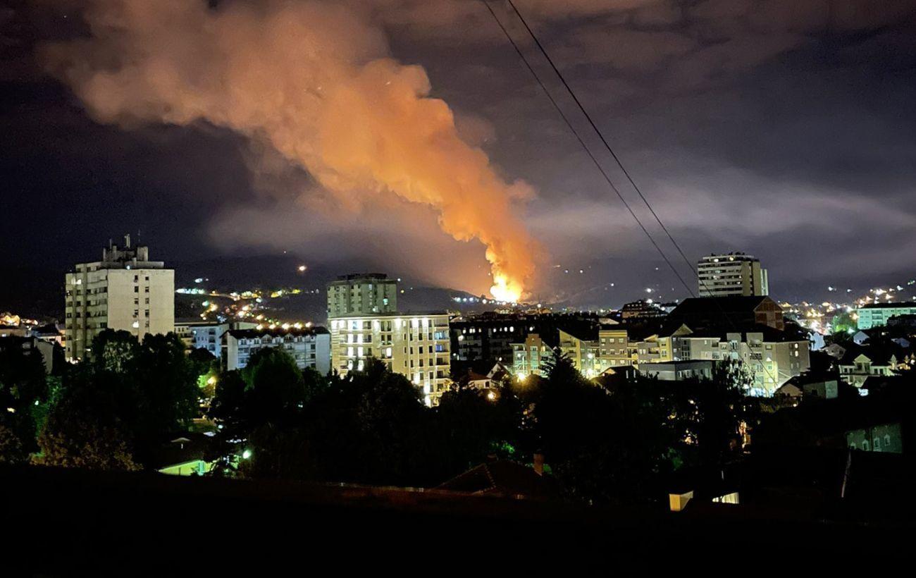 В Сербии прогремели взрывы на складах боеприпасов: в здании было 60 человек