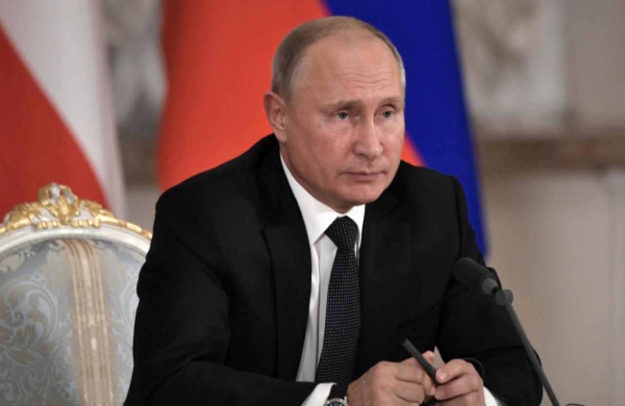СМИ назвали неожиданную причину, по которой Путин не поедет на экономический форум в Давос