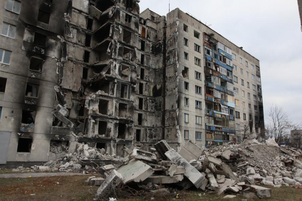 """""""Феодальная вотчина Бойко"""", - блогер рассказал об ужасающих разрушениях на Донбассе"""