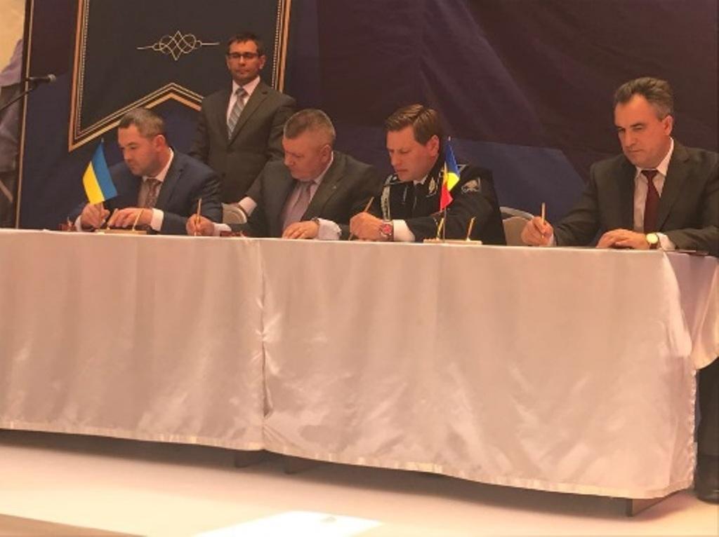 """Украина и Молдова официально заключили """"пограничный договор"""" о двустороннем контроле общей границы — Киев и Кишинев улучшили сотрудничество"""