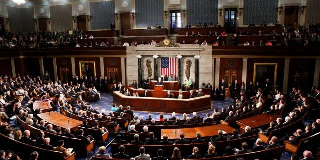 Американский томагавк в спину: Сенат Соединенных Штатов одобрил усиление санкций против России