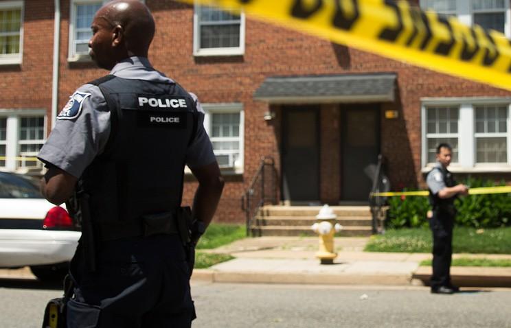 """Кровавая перестрелка в Вашингтоне: полиция Капитолия ликвидировала """"обидчика"""" конгрессменов"""