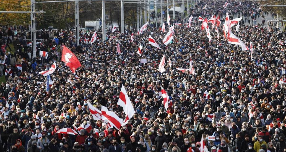 Жители Беларуси высказали все, что думают о Путине и России: кадры из Минска